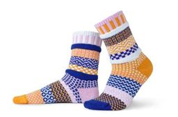 Small Celebrations Adult Mis-matched Socks - Large 8-10