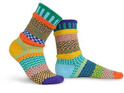 Forget-Me-Not Adult Mis-matched Socks - Medium 6-8
