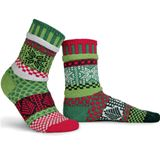 SS00000-100 Mistletoe Adult Mis-matched Socks - Large 8-10